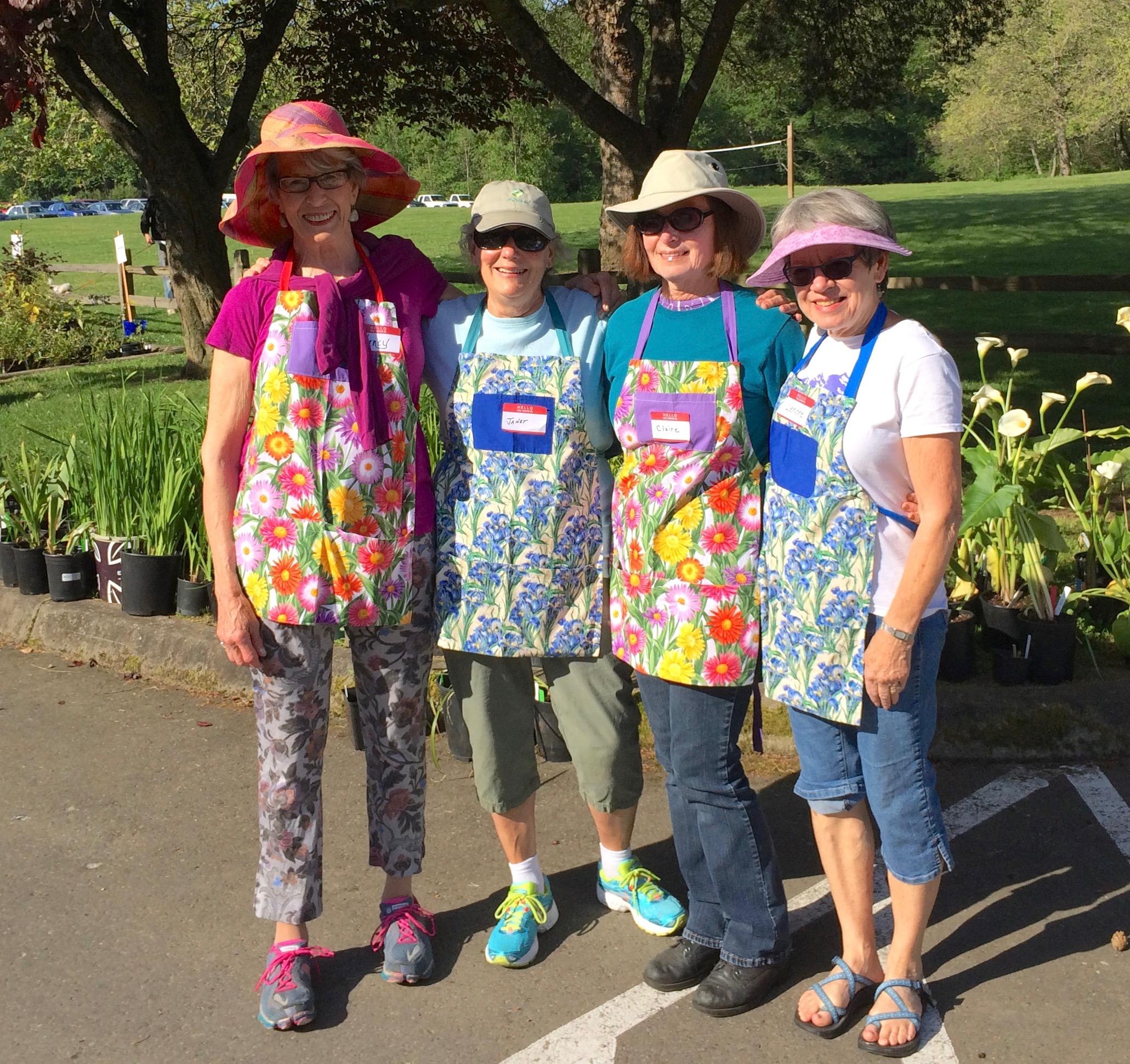 garden-sales-crew-2015